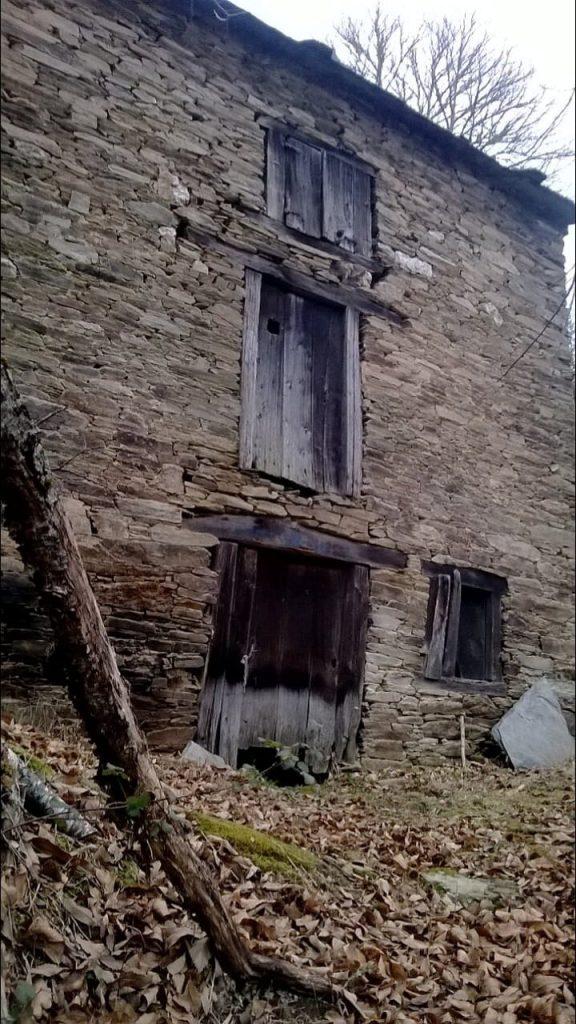 La imagen tiene un atributo ALT vacío; su nombre de archivo es Casa-do-meio.mazo_-576x1024.jpg